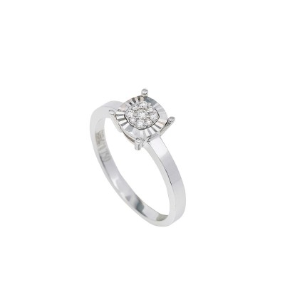 white gold diamond illusion engagement ring